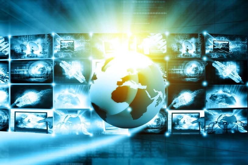 """Zakończył się """"Wielki Test o Internecie"""" organizowany przez TVP1 i Interię /123RF/PICSEL"""