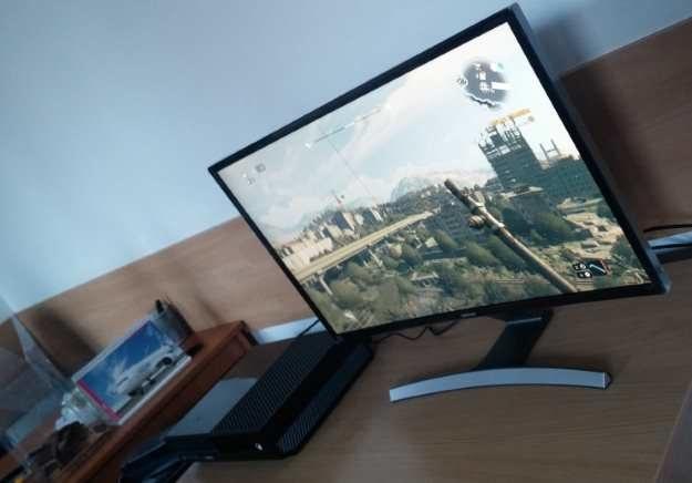 """Zakrzywiony Samsung SD590C, Xbox One i polski """"Dying Light"""" - niezła kombinacja /INTERIA.PL"""