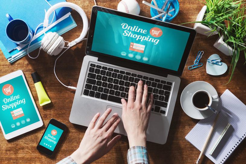 Zakupy online są bardzo wygodne, ale mogą być również niebezpieczne /123RF/PICSEL