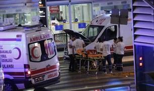 Zamach na lotnisku w Stambule
