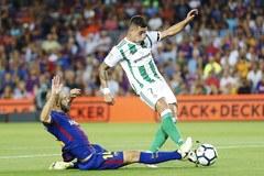 Zamachy w Hiszpanii. Specjalny mecz na Camp Nou