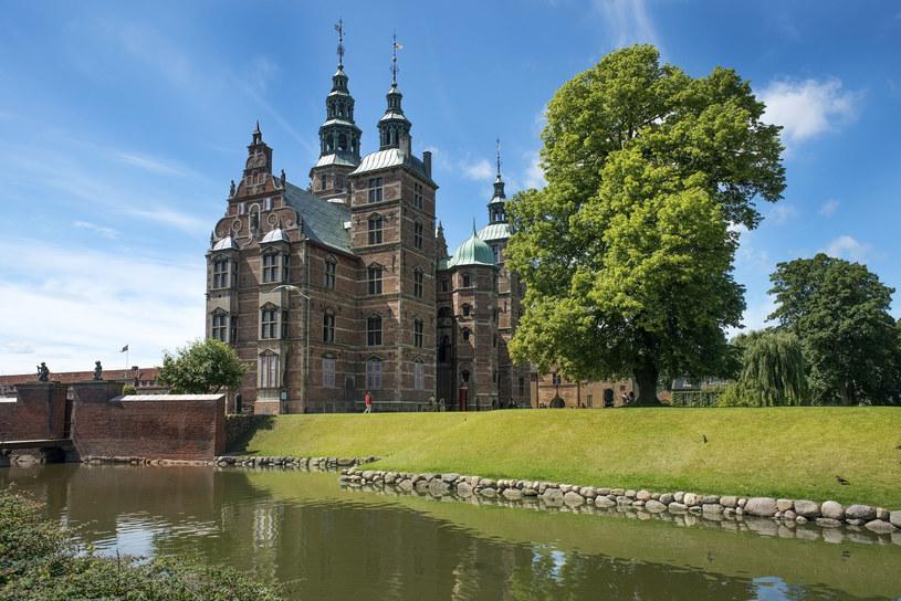 Zamek Rosenborg i park w centrum Kopenhagi /123/RF PICSEL