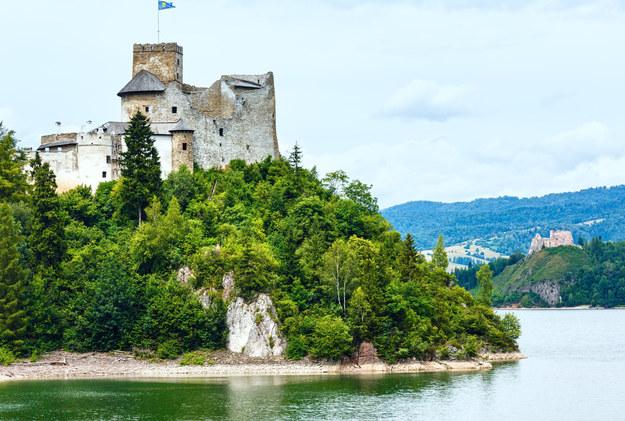 Zamek w Czorsztynie /123/RF PICSEL