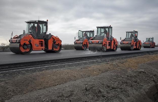 Zamiast na nowe drogi pieniądze pójdą na remonty / Fot: Piotr Piwowarski /Agencja SE/East News
