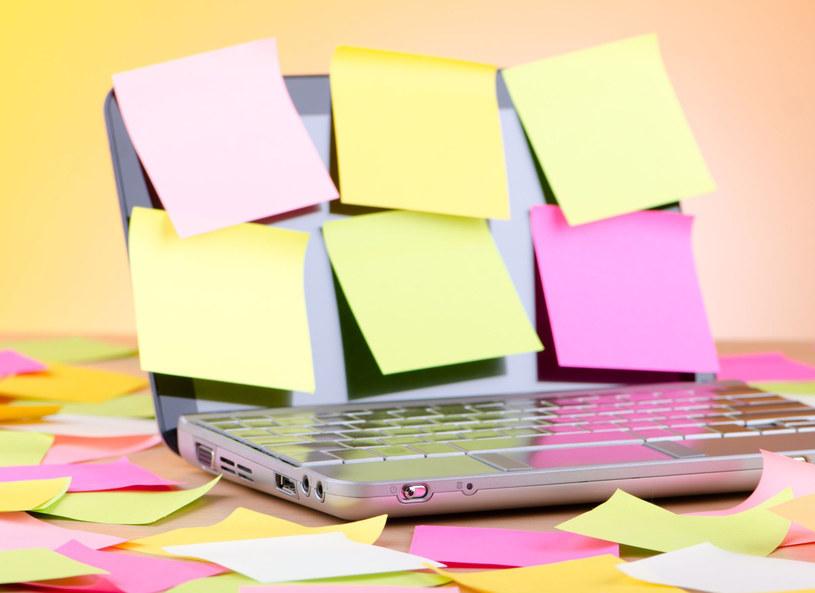 Zamiast przyklejać karteczki - ćwicz pamięć /©123RF/PICSEL