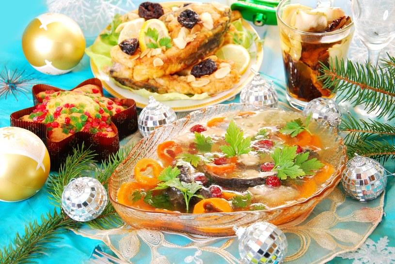 Zamiast smażonej ryby podaj karpia w galarecie /123RF/PICSEL