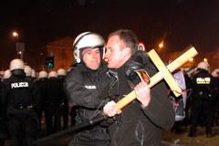 Zamieszki na Placu na Rozdrożu