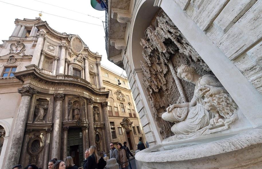 Zamknięto dwie restauracje w centrum Rzymu /ETTORE FERRARI /PAP/EPA