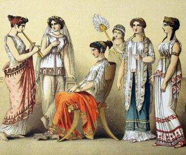 Zamurował własną córkę żywcem wraz z koniem… Jak traktowano kobiety w starożytnych Atenach?