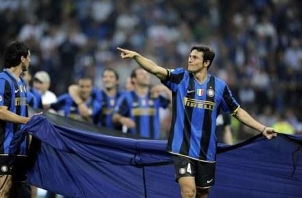 """Zanetti od lat gra w Interze, ale nie pamięta tak mocnej drużyny """"Nerazurri"""" /AFP"""