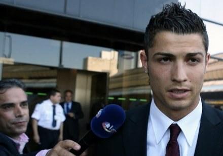 Zanim Ronaldo pomyśli o transferze musi wyleczyć kontuzję /AFP