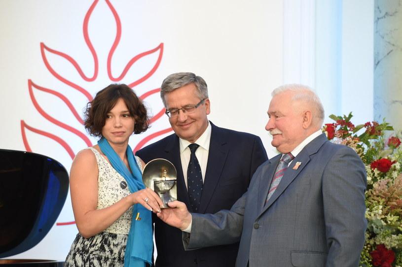 Żanna Niemcowa, Bronisław Komorowski i Lech Wałęsa /Jacek Turczyk /PAP