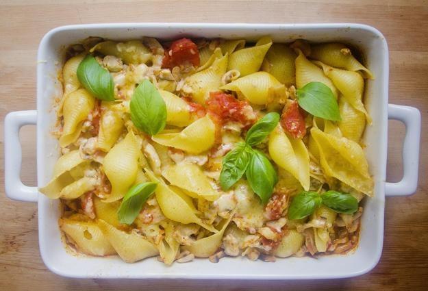 Zapiekane muszle w sosie pomidorowym, Fot. Malwina Zaborowska /RMF24