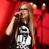 Zaręczona Avril Lavigne /AFP