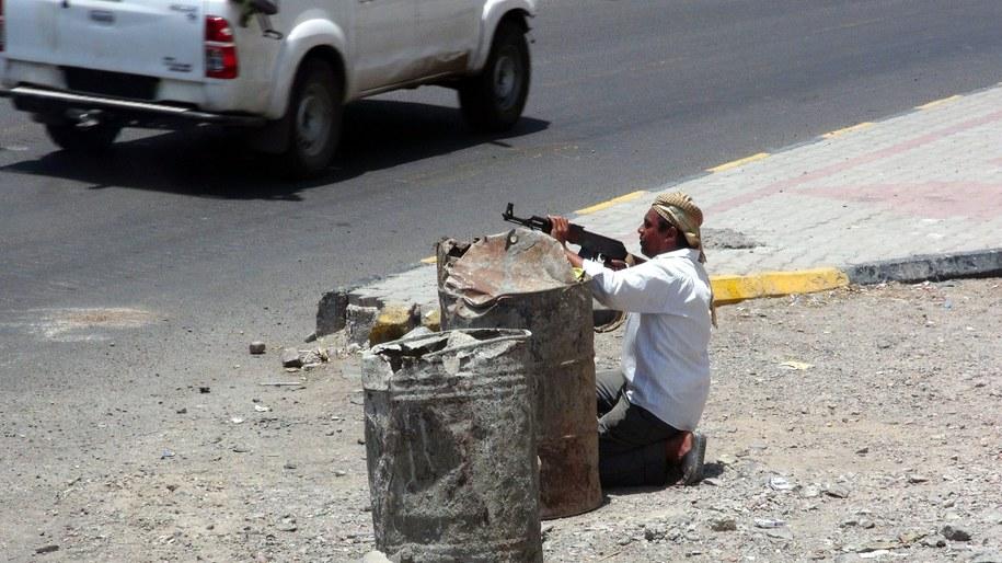Zarówno Arabia Saudyjska, jak i Huti deklarują gotowość do rozmów na temat ustabilizowania sytuacji politycznej w Jemenie /STRINGER /PAP/EPA