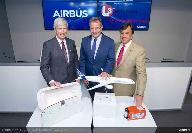 """Zarząd Airbus i L3 Technologies ogłasza o wprowadzeniu nowych """"czarnych skrzynek"""", przedstawiając ich modele / inf. prasowa /&nbsp"""
