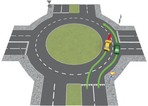Zasady zmiany pasa ruchu na rondzie są takie same jak na każdej drodze /