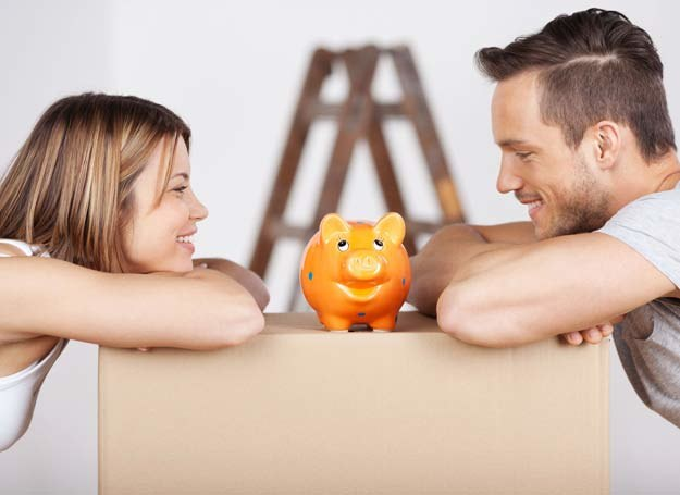 Zastanawiasz się nad kredytem? Nie podejmuj tej decyzji pochopnie /©123RF/PICSEL