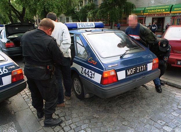 Zatrzymanie podejrzanych o kradzież samochodu /fot. Paweł Stępniewski /Reporter