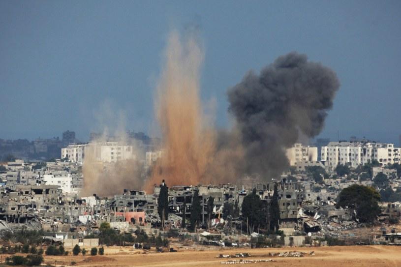 Zawieszenie broni skończyło się w piątek - wtedy też zaczął się ponowny ostrzał Izraela z terytorium Strefy Gazy i samej Gazy przez Izrael. /AFP