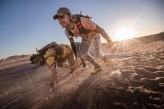 Zawodnik RMF 4RACING Team OCR wygrał pierwszy w historii Runmageddon Sahara!