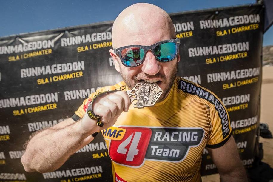 Zawodnik RMF 4RACING Team OCR wygrał pierwszy w historii Runmageddon Sahara /Runmageddon Sahara /