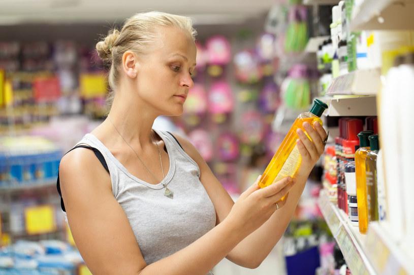 Zawsze dokładnie sprawdzaj skład kosmetyków, które kupujesz /123RF/PICSEL