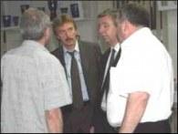 Zbigniew Boniek (w środku) wziął sprawy w swoje ręce /www.widzew.pl