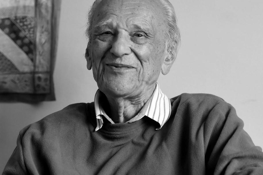 Zbigniew Makowiecki w swoim londyńskim mieszkaniu, zdjęcie z 18 czerwca 2016 roku /Grzegorz Michałowski /PAP