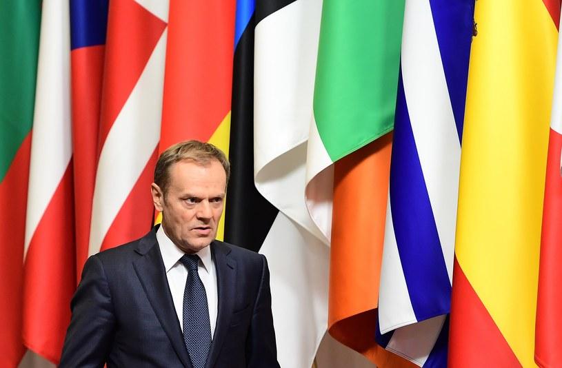 """Zdaniem prof. Zybertowicza Tusk """"gra z opozycją, która podważa pewną wizję rozwoju Polski /AFP"""