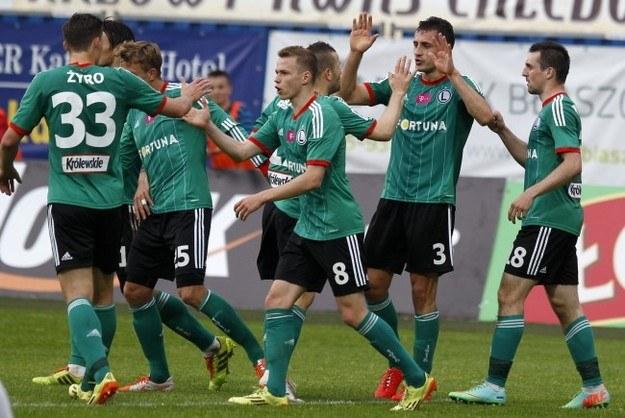Zdaniem Tomasza Kłosa Legia potrzebuje wzmocnić każdą pozycję /Andrzej Grygiel /PAP