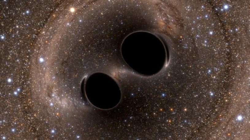 Zderzenie czarnych dziur to niewyobrażalnie potężne zjawisko /materiały prasowe