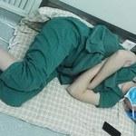 Zdjęcia tego chirurga obiegły świat. Co za poświęcenie!