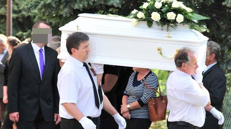 Zdjęcia z pogrzebu /Łukasz Kalinowski /East News