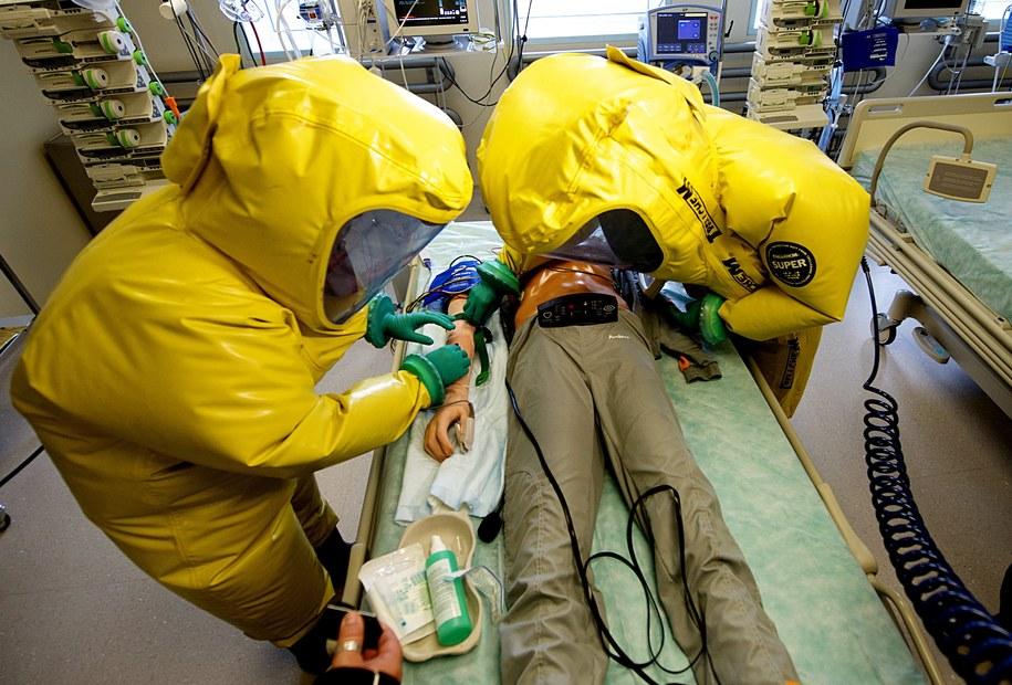 Zdjęcie ilustracyjne/Symulacja w czeskim Centrum Ochrony Biologicznej /FILIP SINGER (PAP/EPA) /PAP/EPA