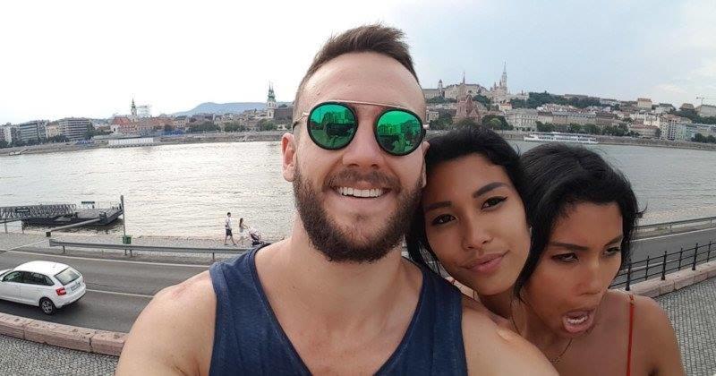 Zdjęcie Mitchell i Erika - kichnięcie w trakcie robienia panoramy doprowadziło do wywołania zabawnego efektu na fotografii /Internet