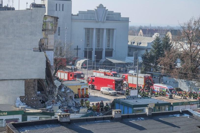 Zdjęcie z miejsca, gdzie eksplodowała kamienica /Jakub Walasek /Reporter
