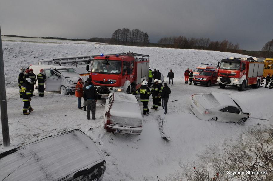 """Zdjęcie z wypadku na krajowej """"jedynce"""" /Gorąca Linia /RMF FM"""