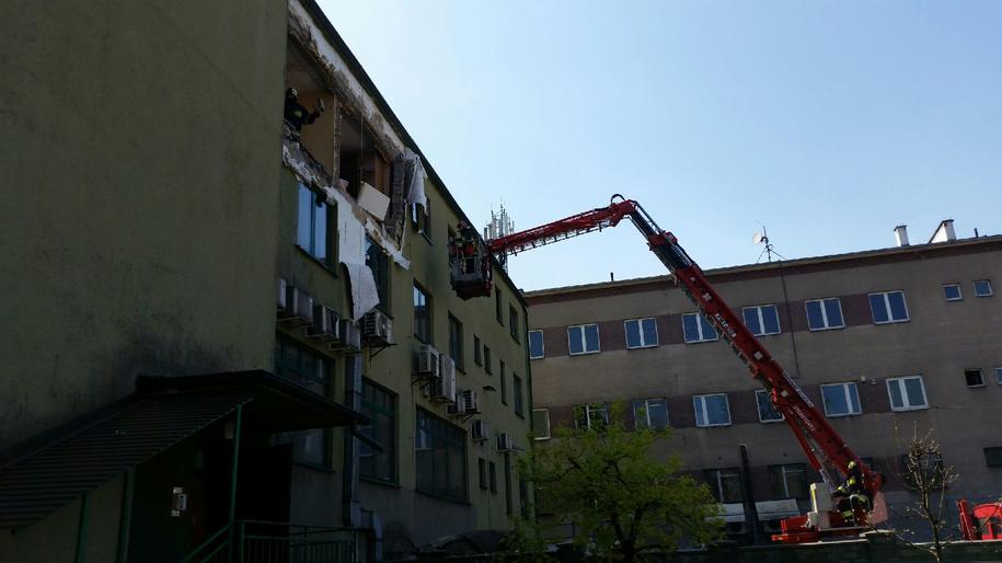 Zdjęcie zniszczonego budynku /st. kpt. Łukasz Białończyk, /PSP