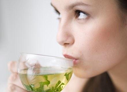 Zdrowotne oddziaływanie rozmaitych gatunków herbaty nieraz już podkreślano