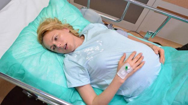 Zdybicka urodzi synka, ale niemowlak będzie tak słaby, że jego życie stanie pod znakiem zapytania /Agencja W. Impact