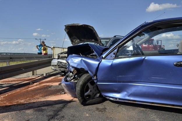 Ze statystyk wynika, że od stycznia do końca września na polskich drogach zginęło o 439 osób mniej niż w tym samym okresie ubiegłego roku /East News