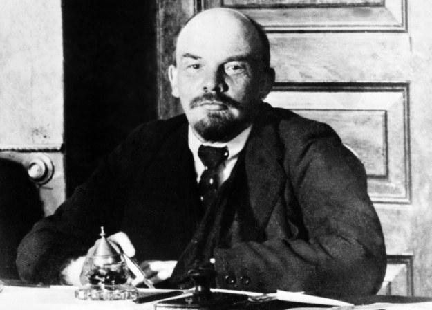 Ze wszystkich socjalistów europejskich działających przed I wojną światową Mussolini najbardziej przypominał Lenina... /AFP