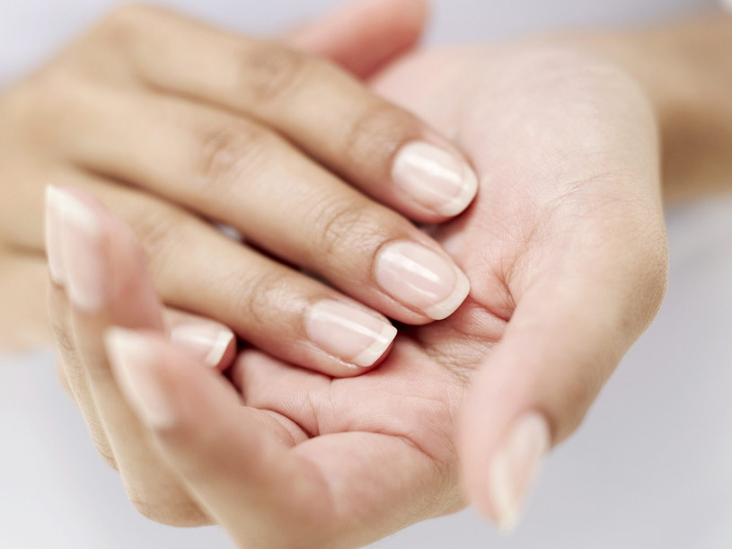 Żeby poprawić kondycję paznokci, potrzeba trochę czasu  /© Bauer