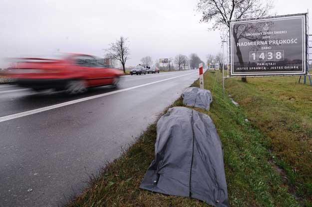 Zegar drogowy śmierci. Akcja GDDKiA. Fot. Przemysław Jach /East News