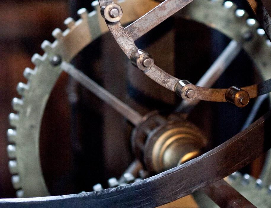 Zegar został wymontowany z okrętu podwodnego w latach 70. ubiegłego wieku /Maciej Kulczyński /PAP