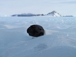 Żelazne meteoryty ukryte pod powierzchnią Antarktydy