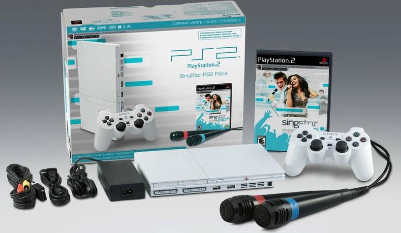Zestaw konsola PS2 + karaoke SingStar /materiały prasowe