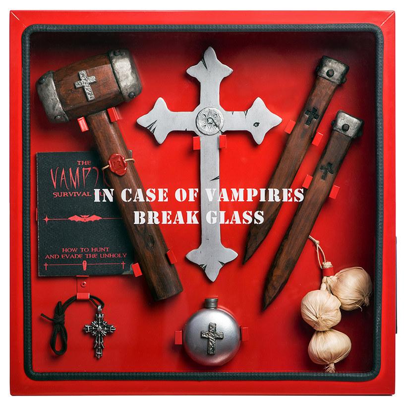 Zestaw przeciw wampirom /materiały prasowe