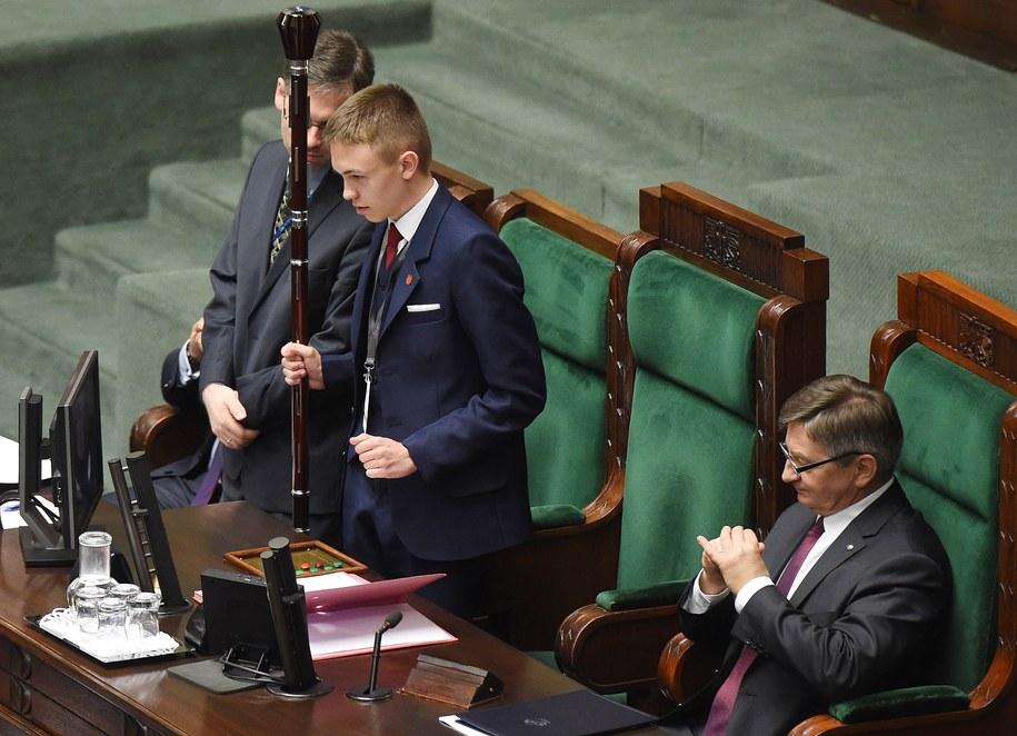 Zeszłoroczne posiedzenie Sejmu Dzieci i Młodzieży wywołało sporo kontrowersji /Radek Pietruszka /PAP